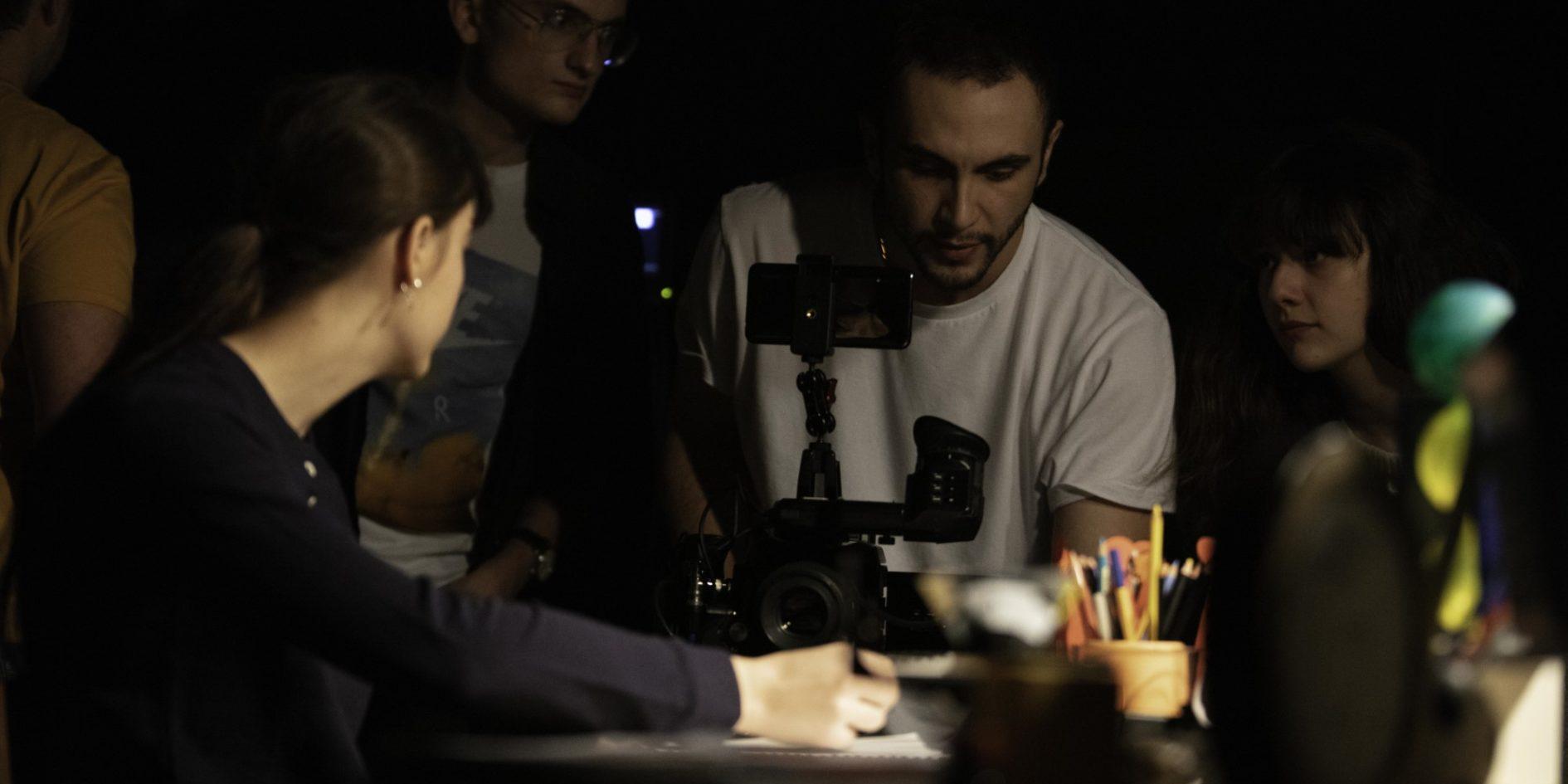 Quelques Minutes Apres Minuit Juan Antonio Bayona Cinecreatis 42
